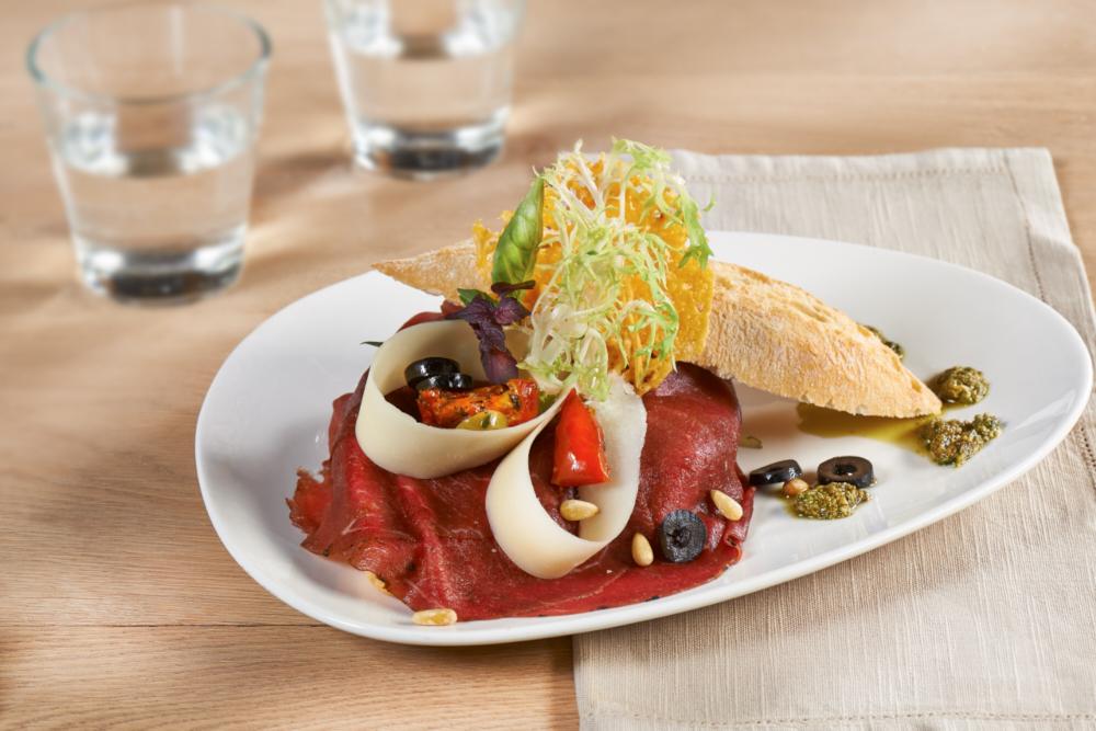 broodje carpaccio Pesto 1.tif.p